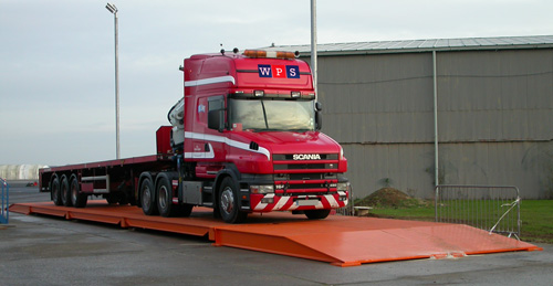 Truck_on_weighbridge-opt.jpg